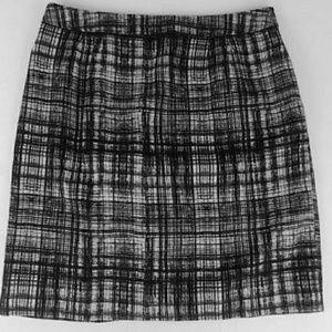 LOFT Pencil Skirt Black & White Silk Crosshatch